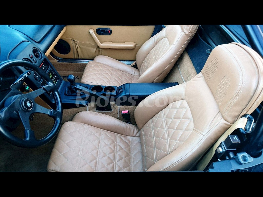 2001 2005 Mazda Miata / MX 5 Synthetic Leather Seat Covers | Ridies.com
